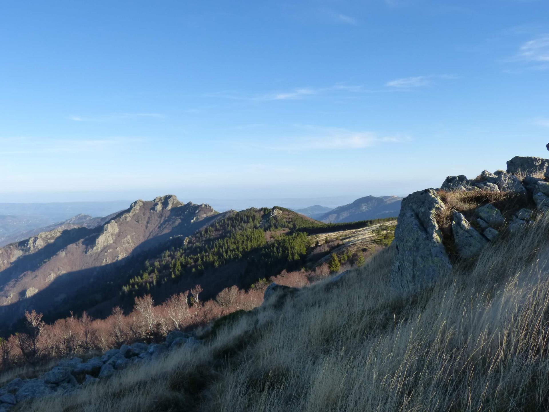Randonnée au rocher d' Abraham à Mayres (07)