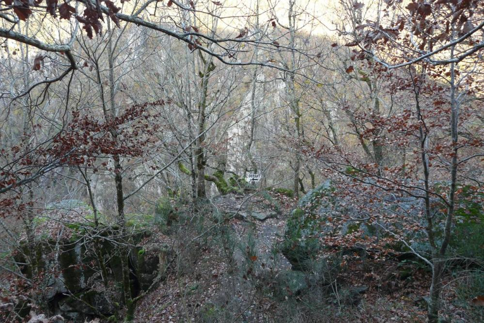 Le départ de la via des bois de Balthuergue