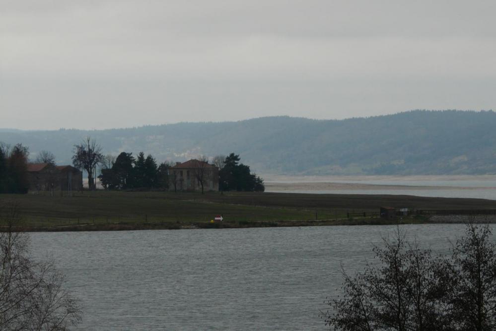 lac de Naussac peu après Naussac