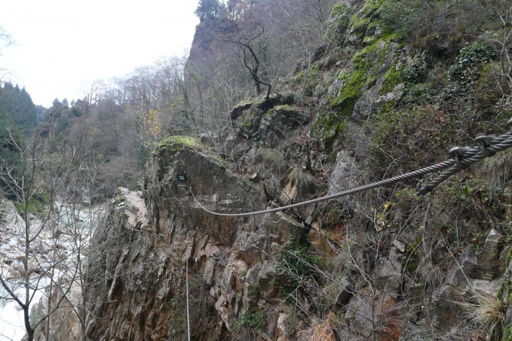 le pont de singe de la via de thueyts