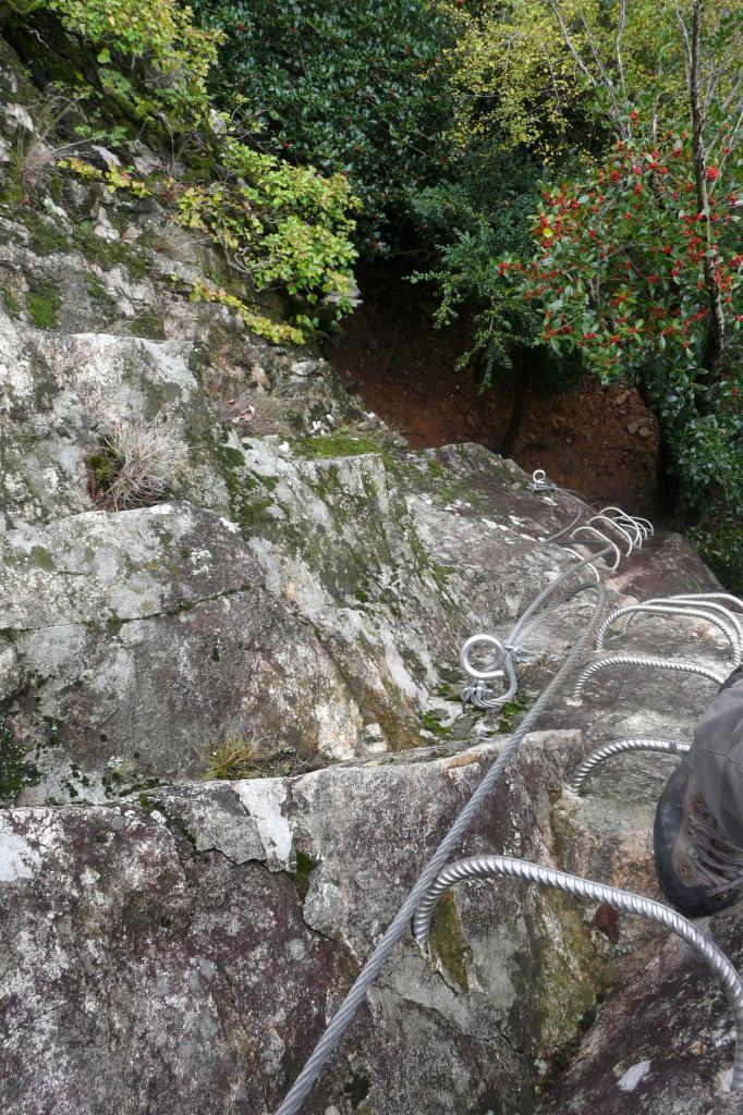 Via de Thueyts - mur de sortie vu d' en haut