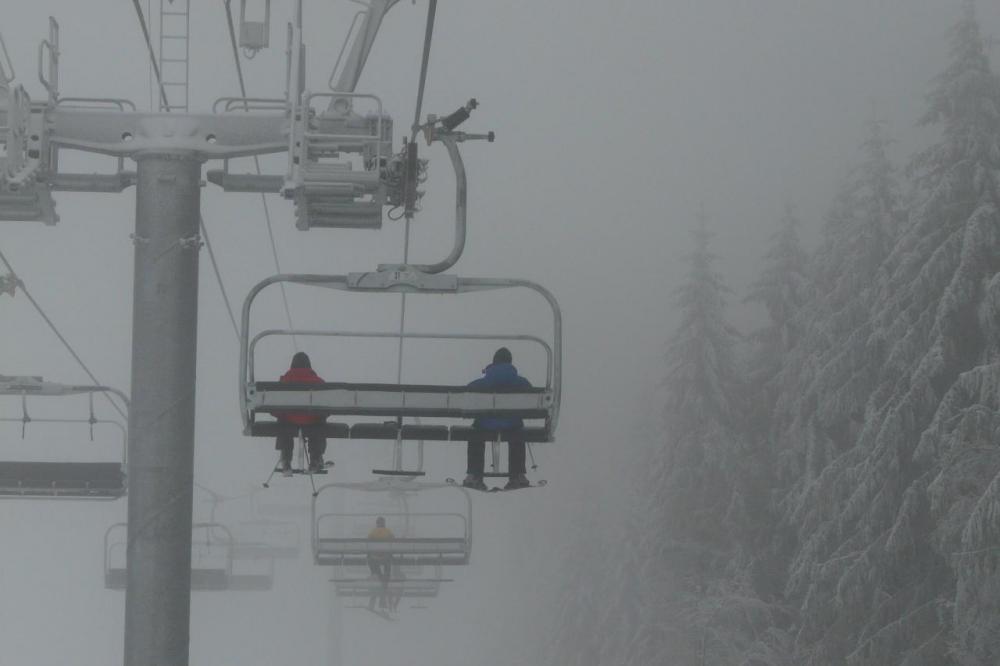 télésiège debrayable de vologne, sous le brouillard