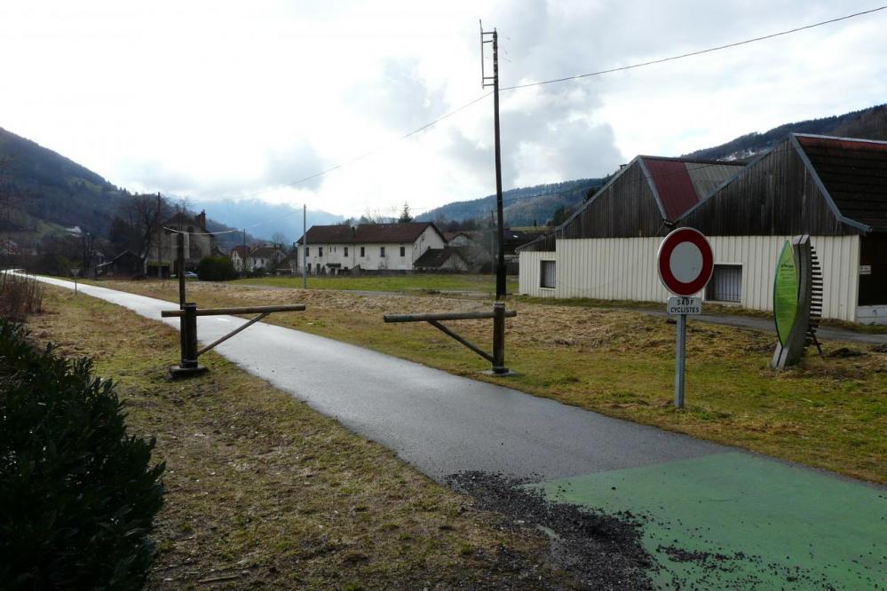 La fin de la piste cyclable à Bussang