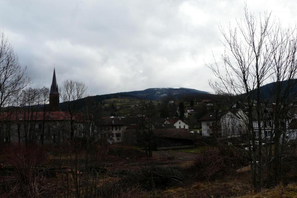 St Maurice sur Moselle au pied du Ballon d' Alsace