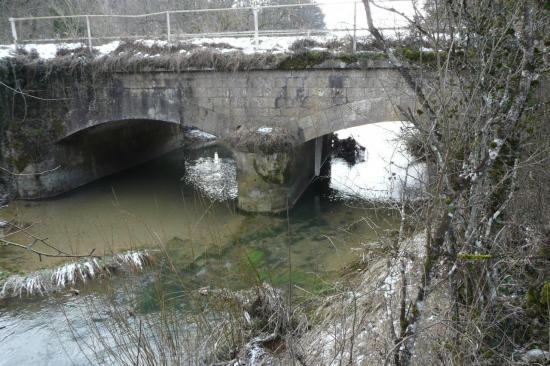 le pont sur la bouvade (route de Crézilles)