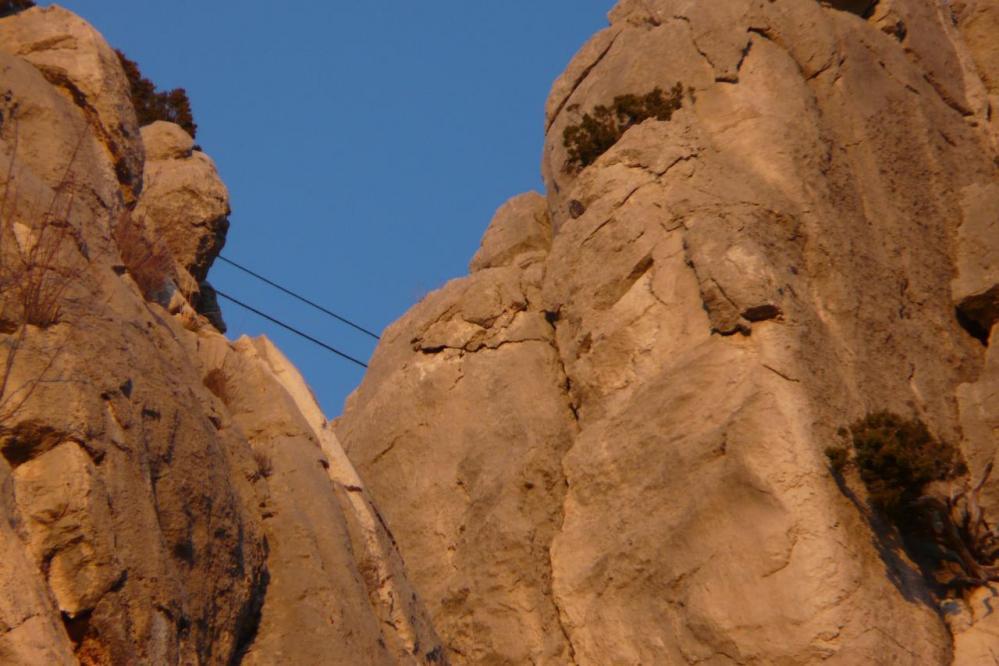 le pont de singe de la via ferrata du rocher St Julien