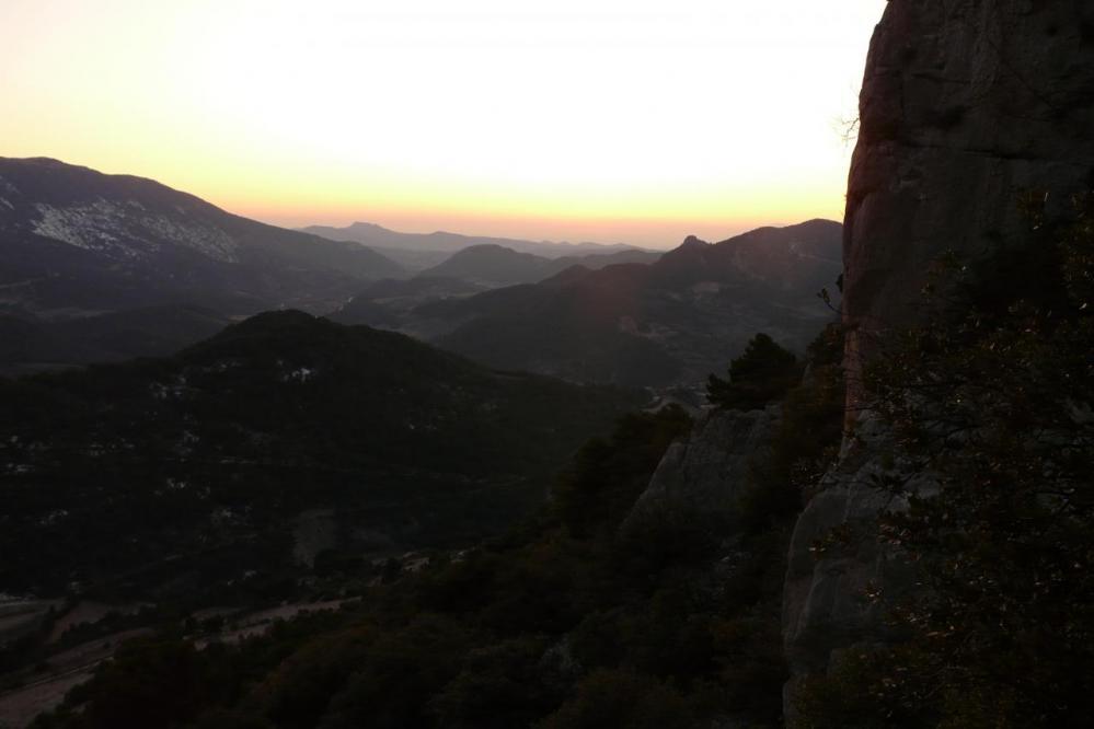 le soleil est couché, la nuit va tomber sur le rocher St Julien !