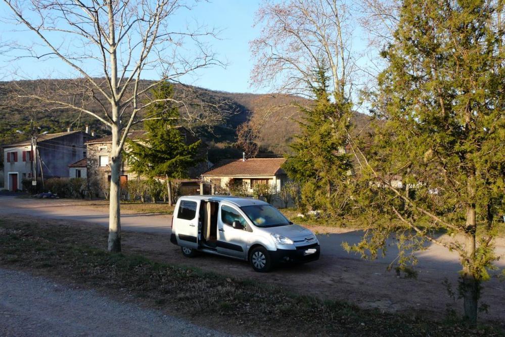 stationnement de nuit à Salasc