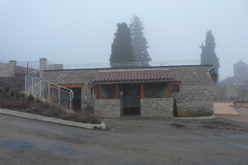 wc publics - via de Liaucous