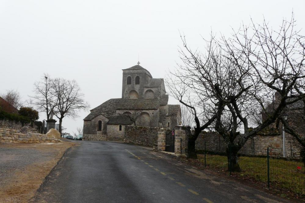 Eglise de Liaucous à côté du parking de la via