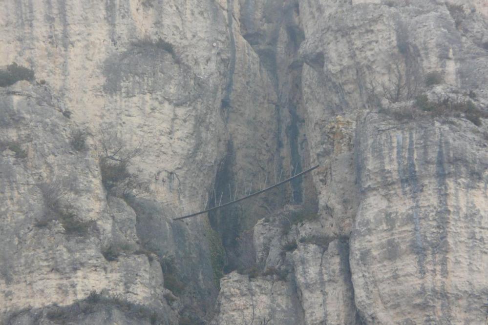 la passerelle de Liaucous vue d' en bas