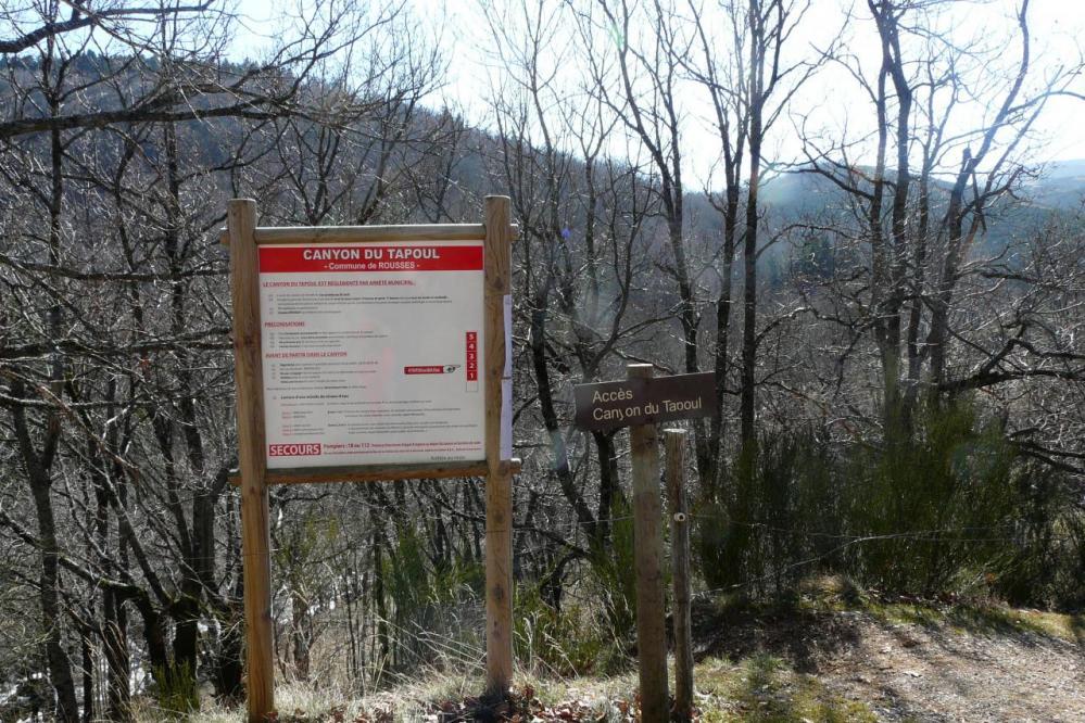 pancarte du site des gorges du tapoul