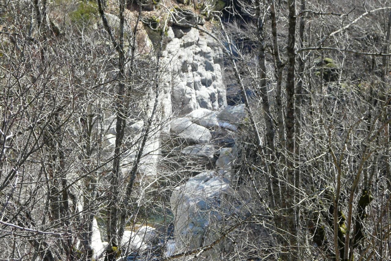 Apperçu sur les gorges du tapoul depuis la route