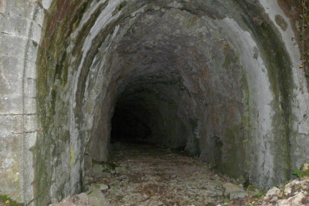 le tunnel juste au dessus du village de Chabarotte