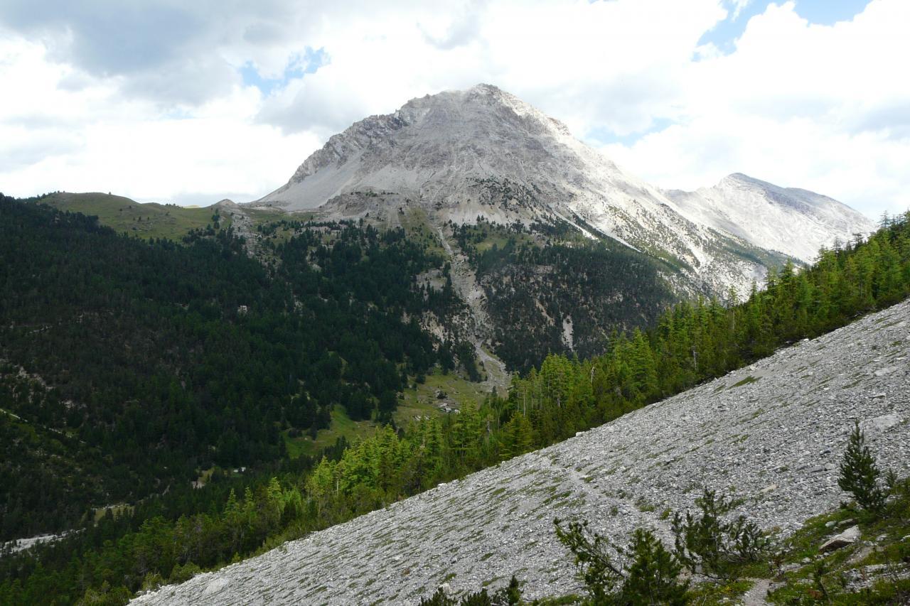 la pointe de Charra (la via ferrata est de l'autre côté - versant italien)