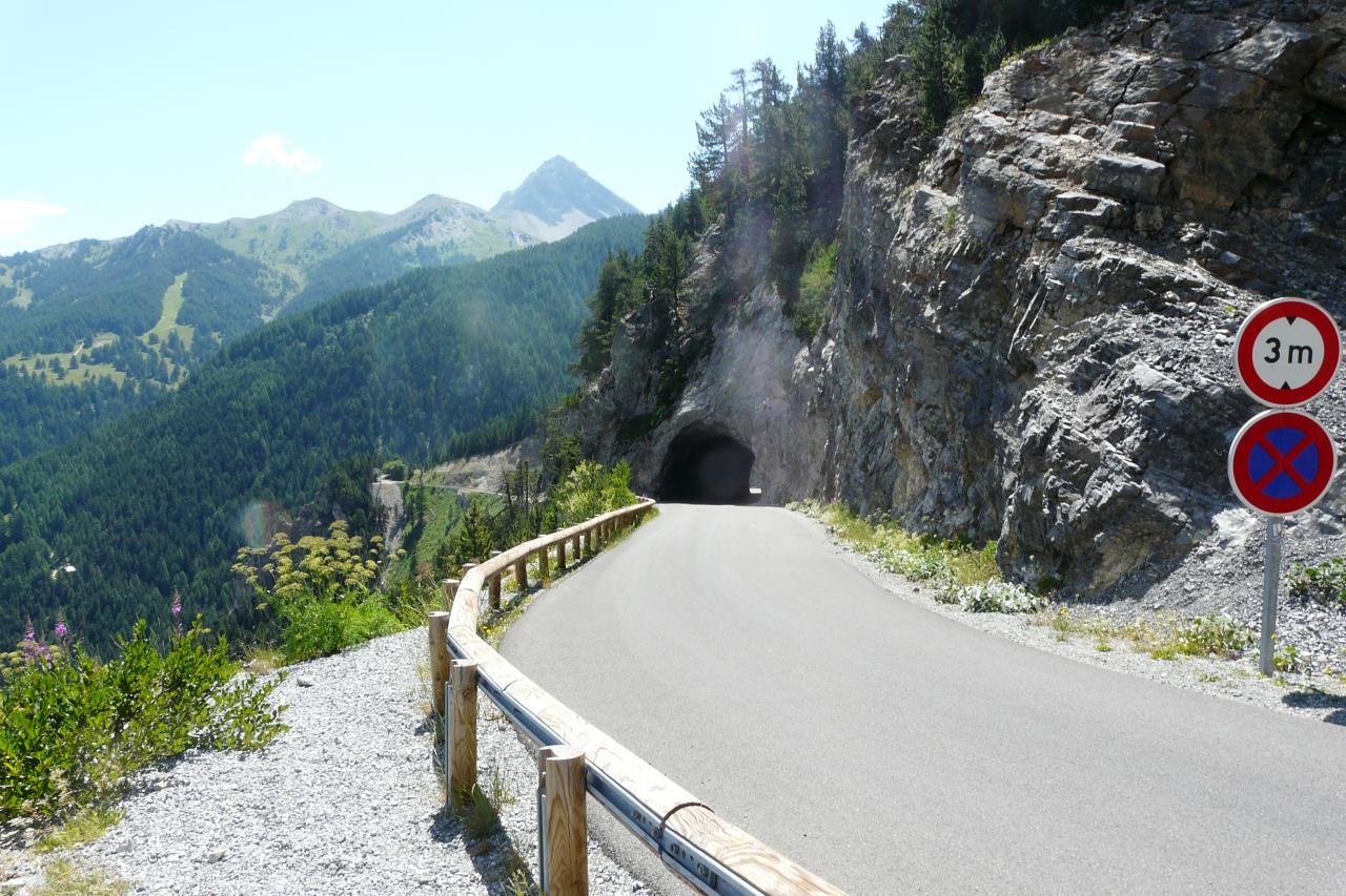 tunnel au dessus du plan del colle