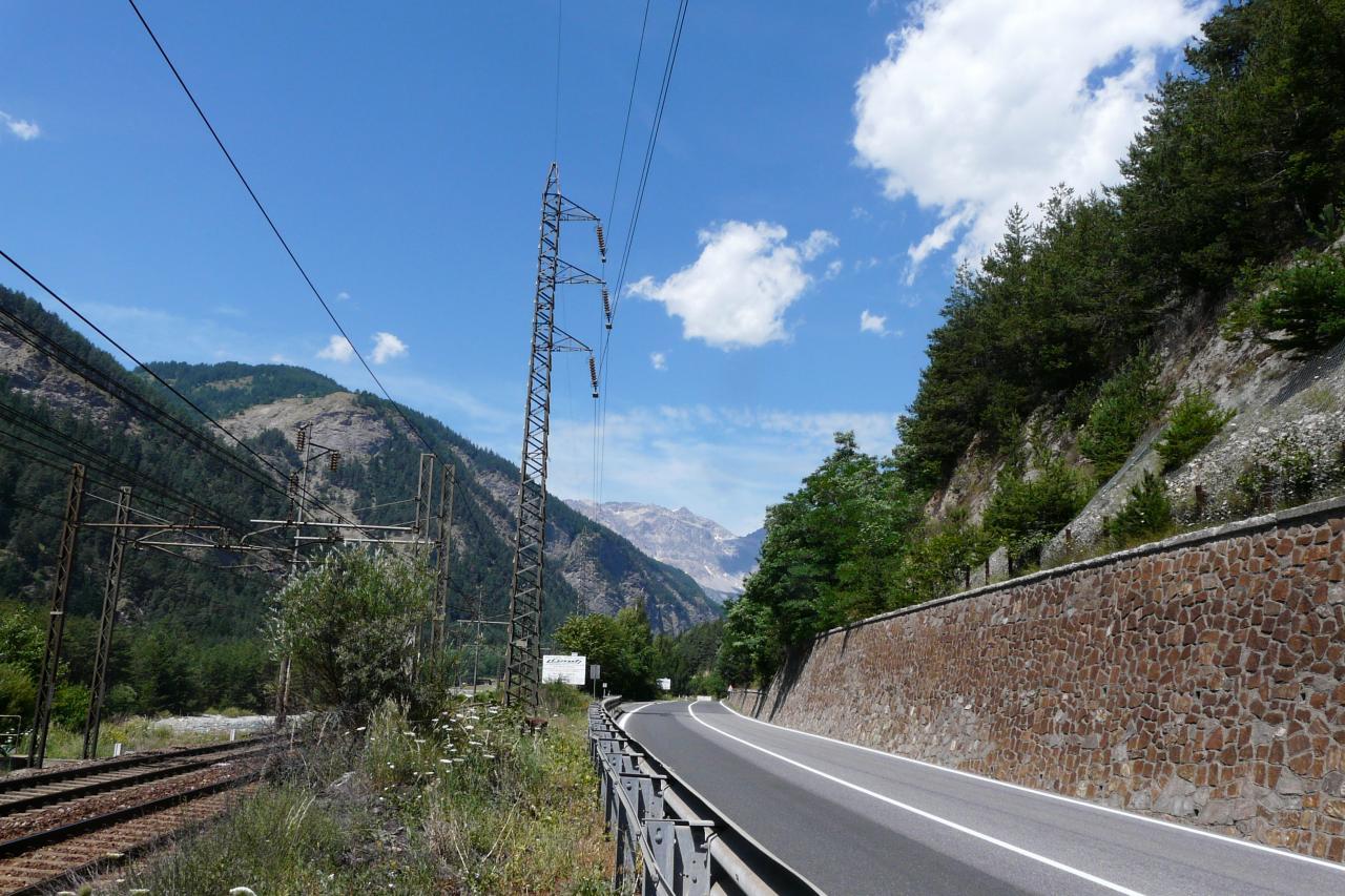 la voie ferrée du tunnel de Fréjus