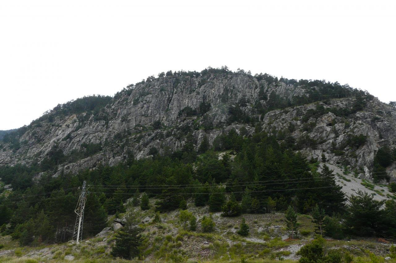 Site de la via del Rouas (partie gauche/départ=
