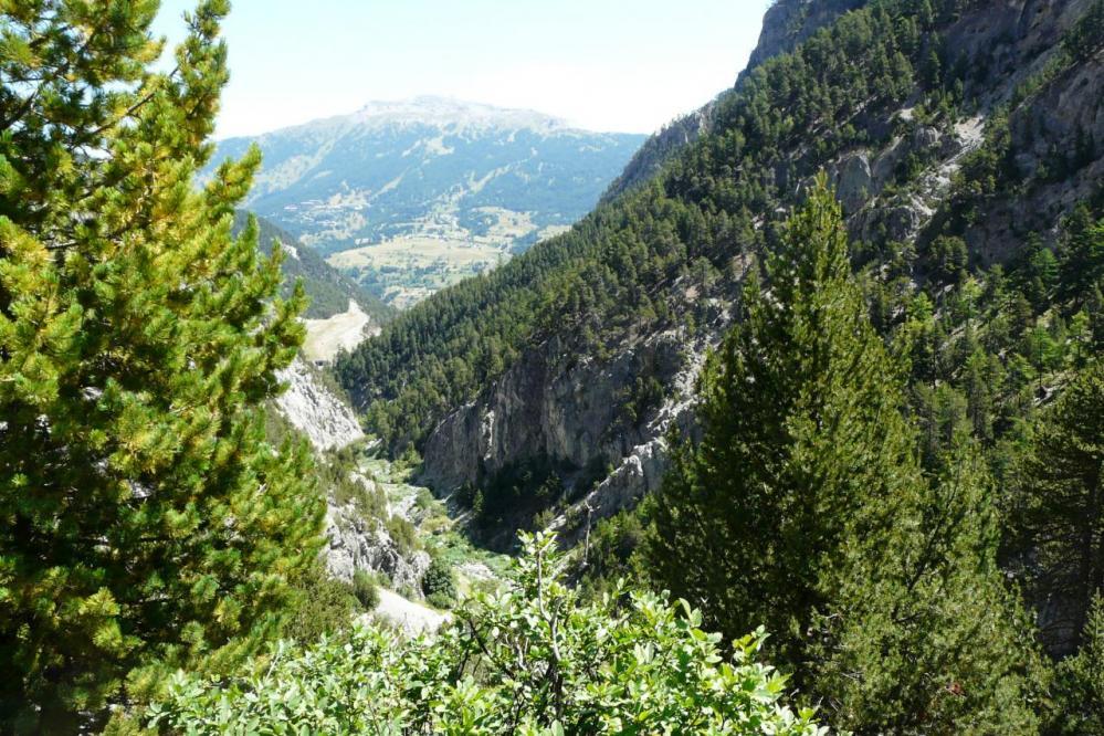 vue générale sur le début des gorges de San Gervasio et le pied de la via ferrata