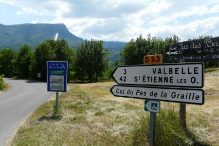 début de la montée du col du pas de la Graille (montagne de Lure)
