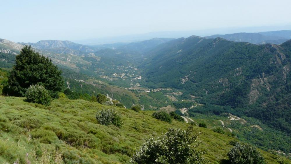 la vallée sous le col de Meyrand