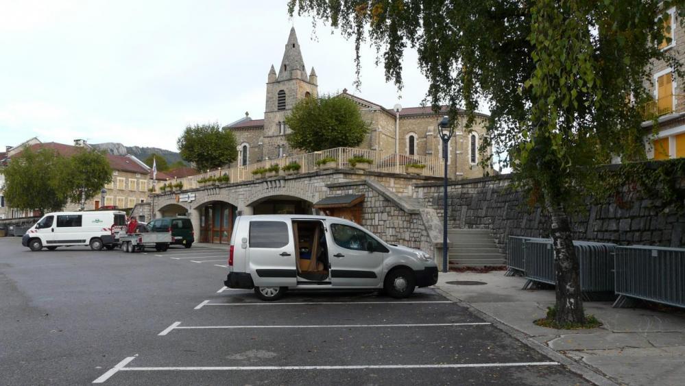 parking de nuit La Chapelle en Vercors