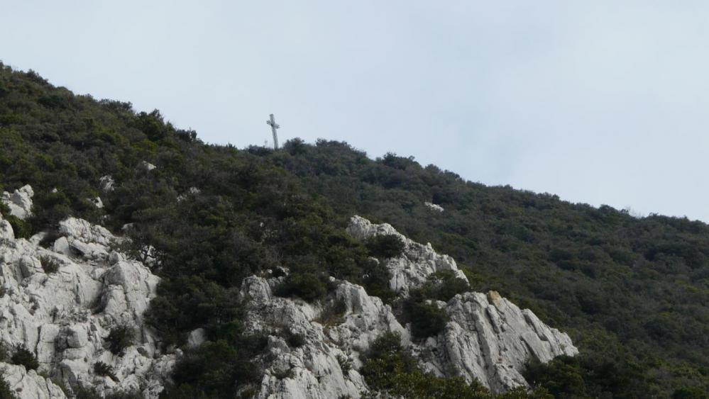 la croix du sommet du Pic st Loup