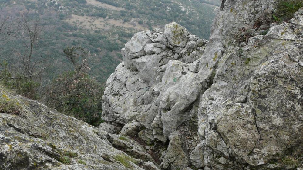 l' amorce de la descente de la diagonale du pic St Loup
