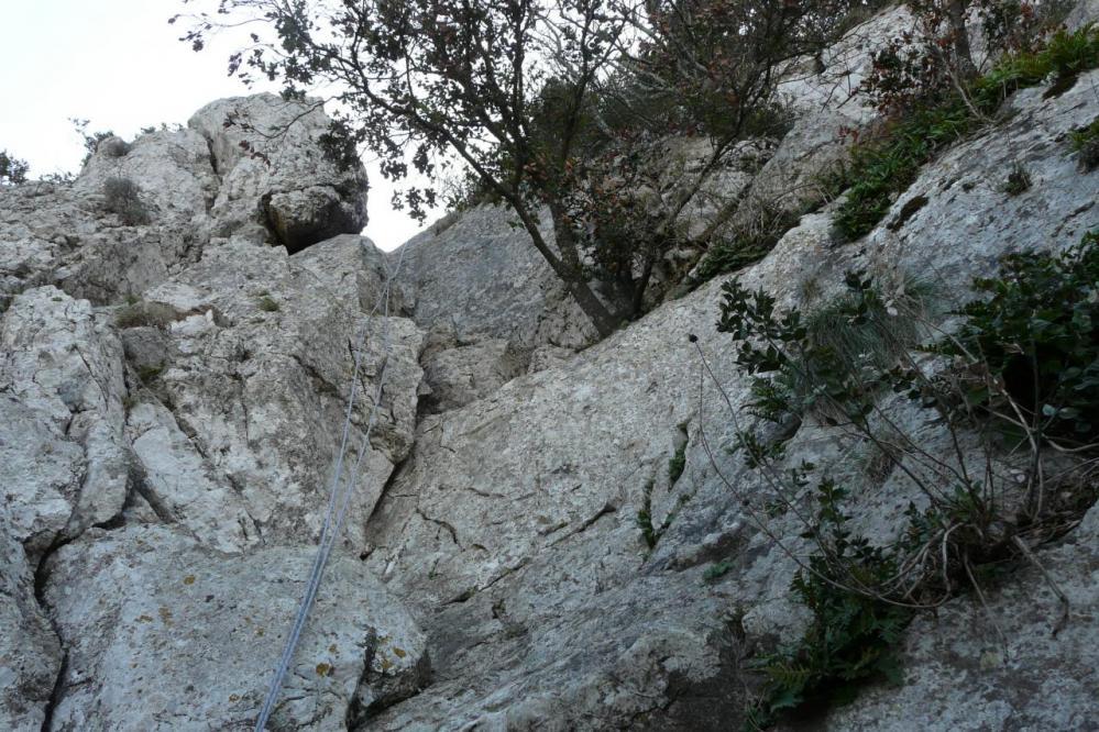 dernier ressaut de la diagonale vu du bas (pic st Loup)
