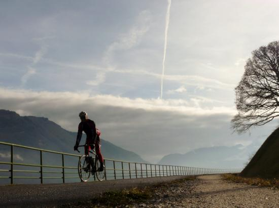 piste cyclable d' Annecy