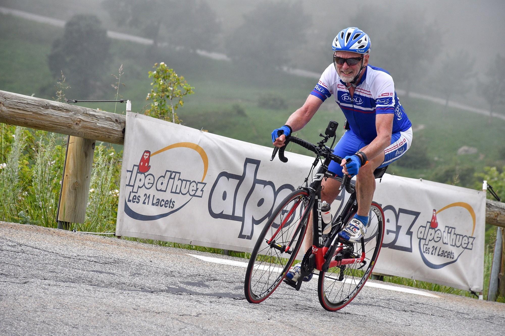 L' Alpe d' Huez à vélo