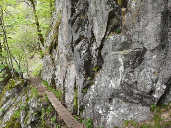 sentier des roches à la Schlucht - les aménagements