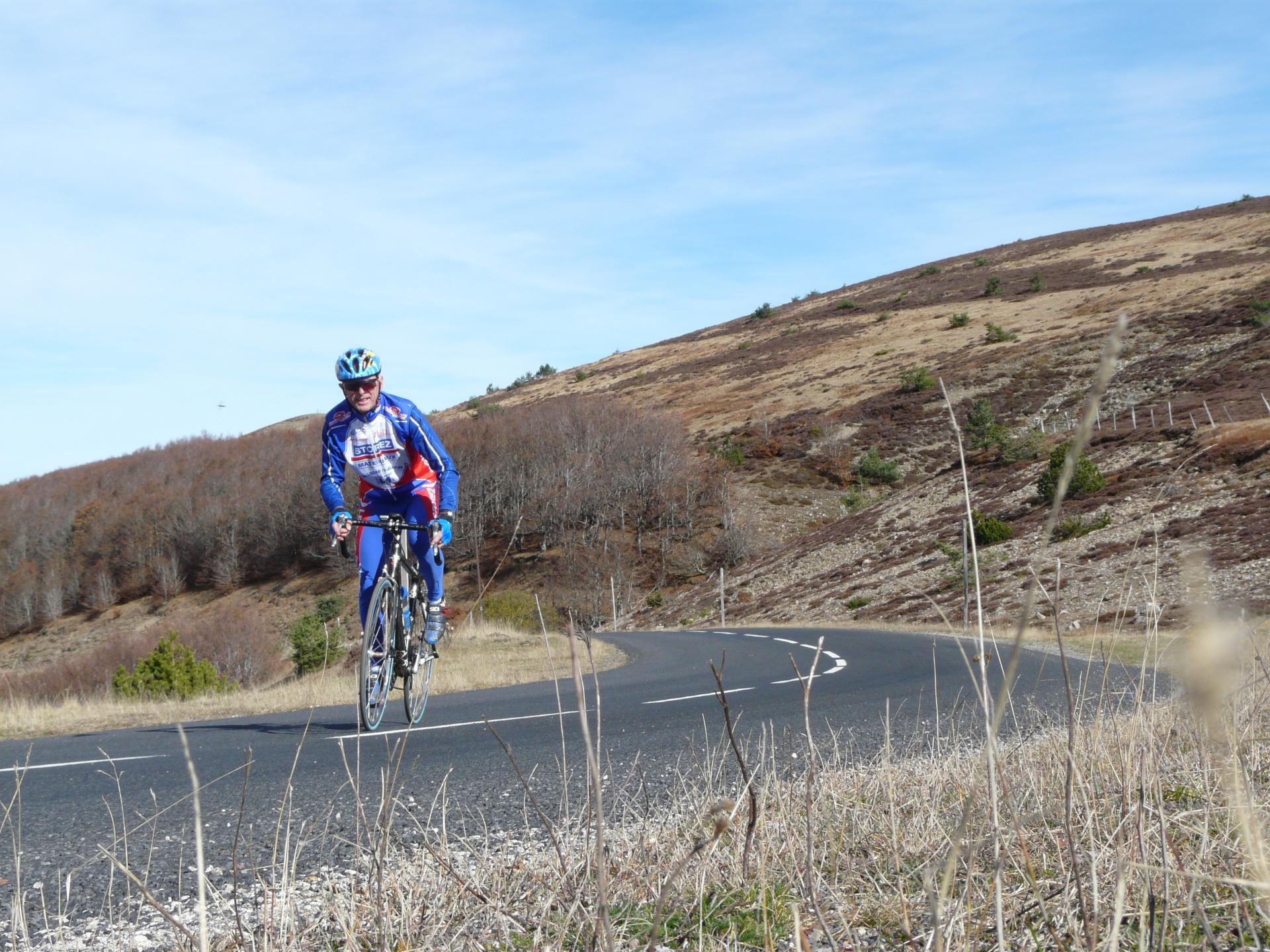 Montée du Mont Aigoual à vélo