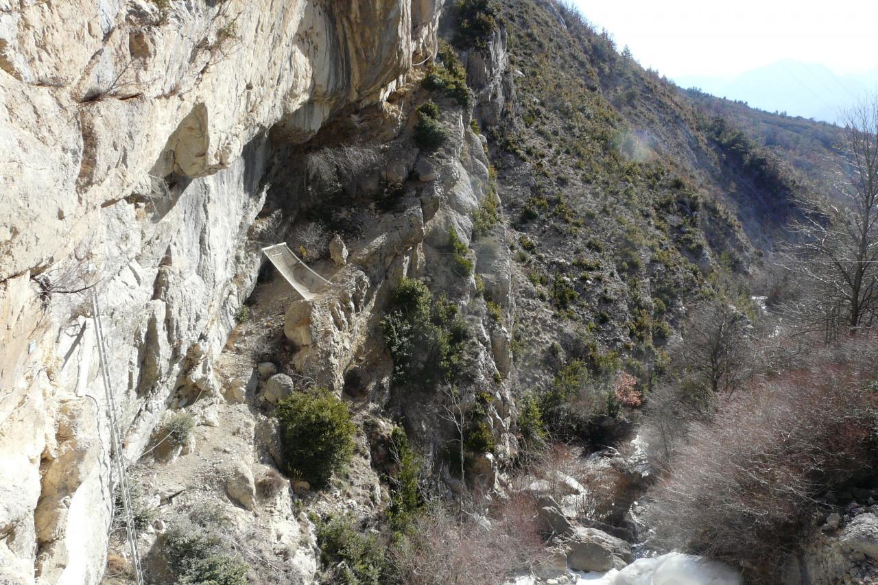 Via ferrata de Chalançon   Drôme