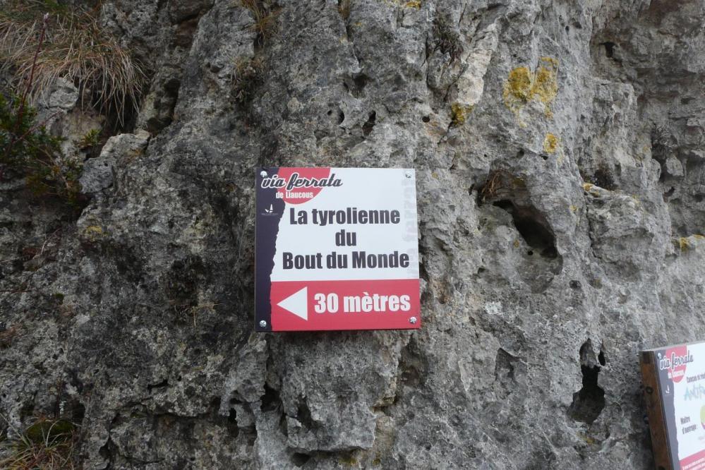 panneau info de la tyrolienne