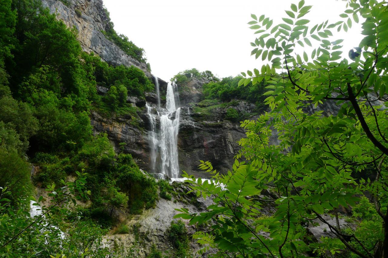 Randonnée,cascade,via,tunnel de Charabote