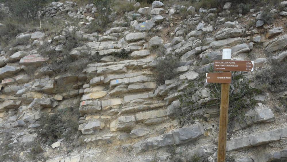 petite escalade depuis la route (via du Thaurac)