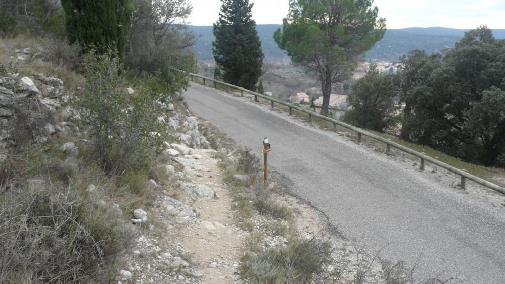 accès depuis la route (via du Thaurac)