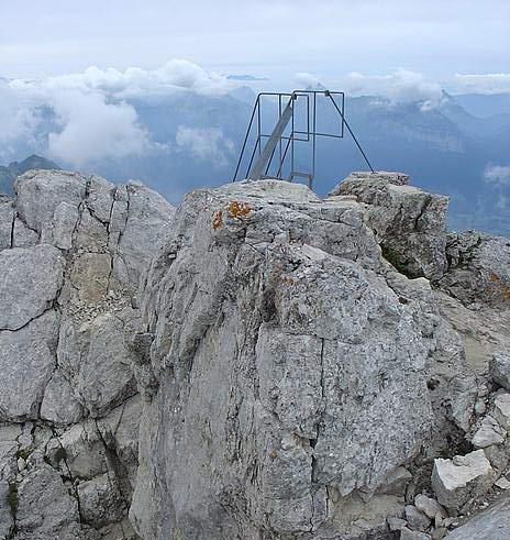 L' échelle d' accès à la Tournette (74)